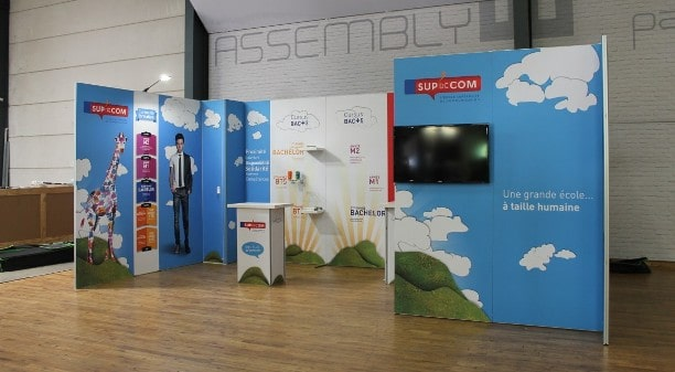 Trade Show Booth Edmonton : Panoramic display system from comotion